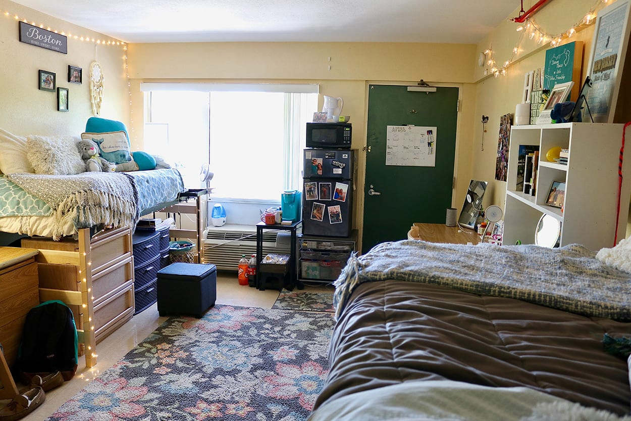 Triple room in Sigma complex