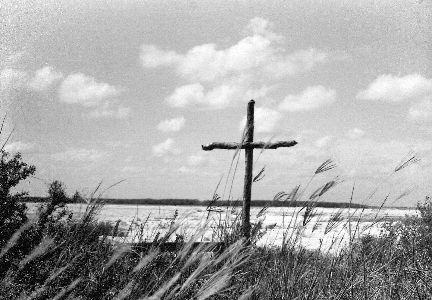 Cross in the sand dunes