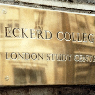 London Study Center Sign