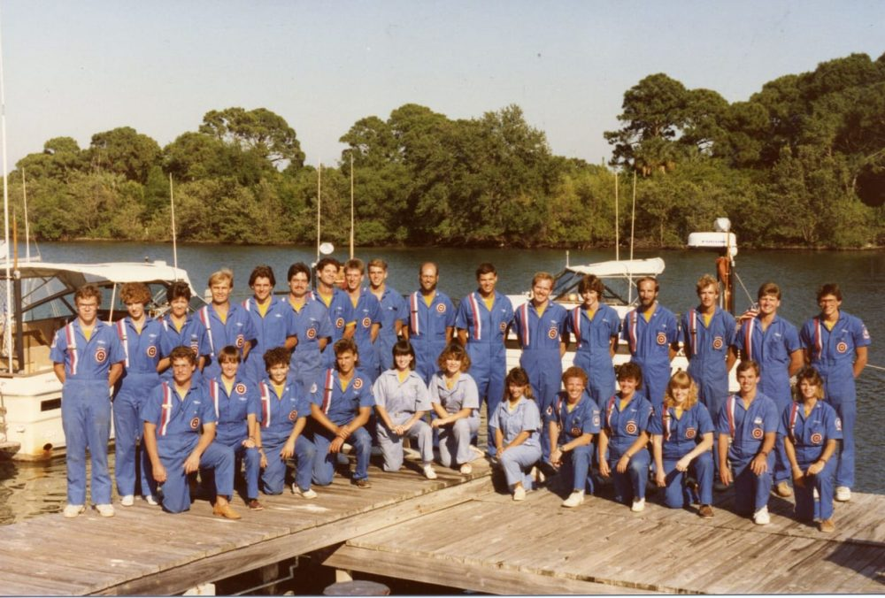 EC-SAR team on dock